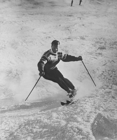 Legendary Norwegian skier Stein Eriksen was as well known for his elegance on the ski slopes as he was for his skills that won him Olympic and World Championship gold. PHOTO: Oslo Museum
