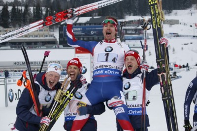 Norway's men's relay team were cheering as loud as their fans at Holmenkollen on Saturday after winning the gold medal in nerve-wracking competition. The victory was especially sweet for Ole Einar Bjørndalen (second from left) who won his 43rd World Championship medal at an age of 42, his 20th in gold. He joined in hoisting the team's anchorman, Emil Hegle Svendsen, along with Bø brothers, Johannes and Tajei. PHOTO: Oslo2016/Eirin Roseneng