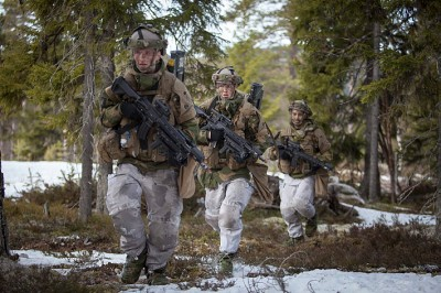 Soldiers from the Norwegian Army's 2nd Battalion recently took part in exercises at Camp Rena in eastern Norway, but military officials worry there's not enough training to ensure Norway's defense. PHOTO: Forsvaret/Philip Karlsen McGowan