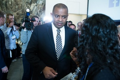 US Secretary of Transportation Anthony Foxx appeared at a Norwegian government conference on climate and transport issues on Thursday. He didn't want to talk much about Norwegian Air's controversial efforts to launch new flights between European and US airports. PHOTO: Samferdselsdepartementet