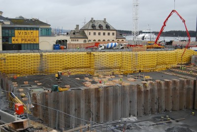 The new National Museum site is still mostly a gaping hole behind the Nobel Peace Center in downtown Oslo. It's due to open in 2019. PHOTO: newsinenglish.no