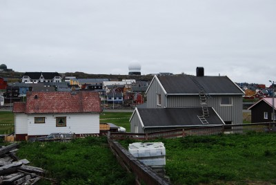 Some Vardø residents are concerned about the new radar system, while local politicians think the military should contribute more to the community, which has struggled for years to retain population in its remote, Arctic location. PHOTO: newsinenglish.no/Nina Berglund