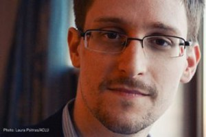 Edward Snowden is considered a fugitive in the US, which wants him extradited. A Norwegian court is now being asked to determine whether that's legal if Snowden comes to Norway. PHOTO: Norsk PEN/ACLU