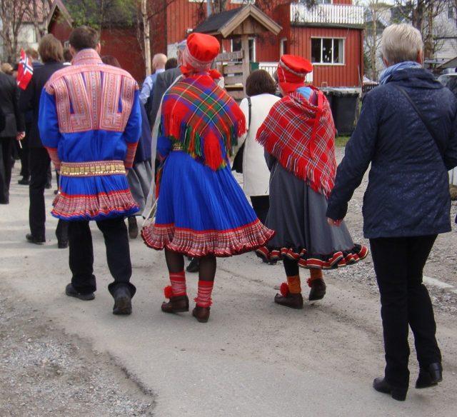 17th of May in Kirkenes, Sami drakt