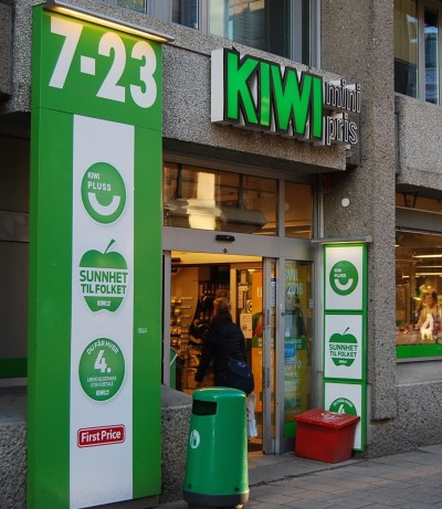 Kiwi grocery stores have been among those trying to find ways around Norway's overall ban on Sunday shopping. Now reform of current laws has been suspended. PHOTO: newsinenglish.no/Nina Berglund