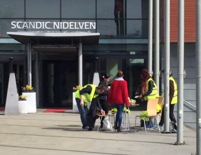 Hotel workers on strike at the Scandia Nidelven Hotel in Trondheim. PHOTO: newsinenglish.no