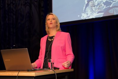 Immigration Minister Sylvi Listhaug won support for many of her 69 proposals for better integration of refugees in Norway, but critics aren't happy with her programs for language training. They were branded as surprisingly weak, and may need to be beefed up. PHOTO: Justisdepartementet