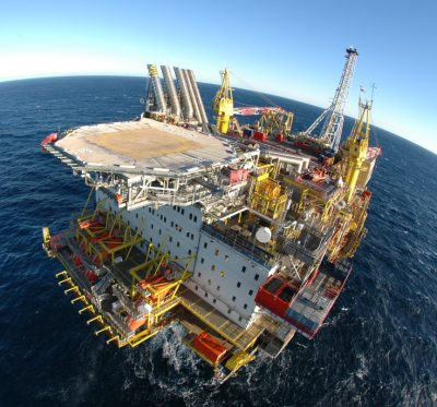 Shell operates the Draugen oil platform from Kristiansund on Norway's northwest coast, which may be spared some of the new job cuts. PHOTO: A/S Norske Shell/Heine Schjølberg