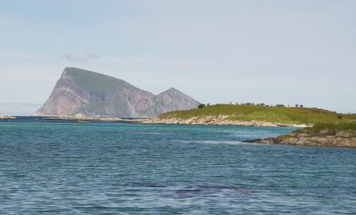 The waters and scenery around Sommarøya near Tromsø are feeding strong business in both its tourism and seafood industries. PHOTO: newsinenglish.no