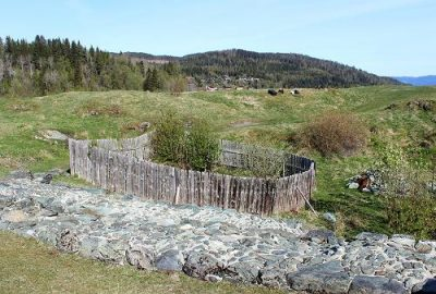 Here's where the well that's now been excavated had been lying at Sverresborg in Trondheim, for centuries. PHOTO: NIKU/Norwegian Institute for Cultural Heritage Research