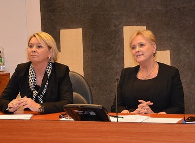 Thorhild Widvey (right) with Monica Mæland when both were still ministers in Norway's Conservatives-led coalition government. Mæland now has asked for a legal evaluation of her appointment of Widvey as leader of Statkraft's board, after Widvey lost her ministerial post. PHOTO: NFD