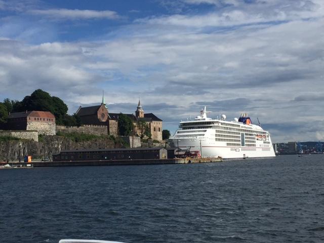 Akershus, cruise ships