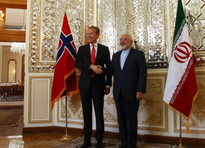 Foreign Minister Børge Brende in Iran with his Iranian counterpart Zarif on Wednesday. PHOTO: Utenriksdepartementet/Frode Overland Andersen