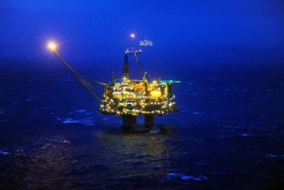 A fire on board Statoil's Statfjord A platform in the North Sea shut down production last week. It was part of a string of recent accidents, and state authorities want to know whether there is any connection between the accidents and Statoil's cost-cutting. PHOTO: Statoil/Harald Pettersen