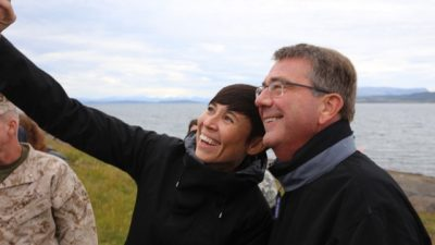 "Norwegian Defense Minister Ine Eriksen Søreide has repeatedly referred to the US as ""our most important ally,"" and said she and US Defense Secretary Ashton Carter discussed the security situation in the North, the bilateral relation between Norway and the US and the fight against terror group IS when Carter visited September 8-9. Here they're shown taking a selfie while out on a tour along Norway's northern coast. PHOTO: Forsvarsdepartementet/Asgeir Spange Brekke"