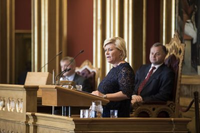 Disagreement over next year's state budget erupted the day Finance Minister Siv presented the coalition government's budget in Parliament. Now the government appears on the brink of collapse since the disagreement with support parties has not been resolved. PHOTO: Stortinget