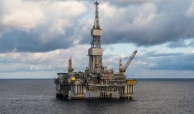 'Krone' weakens as oil prices fall