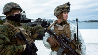 American and Norwegian troops will be training together much more often after the US sends 330 Marines to Værnes near Trondheim. Now Russia is raising strong objections to the plan. PHOTO: Forsvarsdepartementet