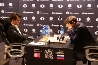 Norwegian chess champion Magnus Carlsen is defending his title at the World Chess Championship in New York. After four fames, the score was tied 2-2. PHOTO: Ilya Ivanov/World Chess for Agon Limited