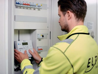 """Hafslund Nett is replacing all its electricity meters with new """"smart"""" meters that will automatically record consumption at all hours of the day and night. PHOTO: Hafslund Nett"""
