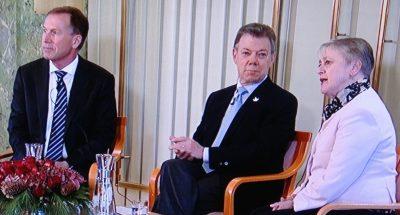 Nobel Peace Prize winner Juan Manuel Santos (center) with Nobel Institute director Olav Njølstad (left) and Berit Reiss-Andersen, deputy leader of the Norwegian Nobel Committee. PHOTO: NRK screen grab