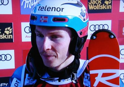 Henrik Kristoffersen can only have the team's sponsor, Telenor, on his helmet, not Red Bull's. PHOTO: NRK screen grab