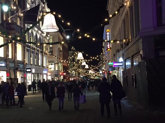 Christmas lights, shopping