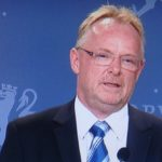 Sandberg resigns, also from party