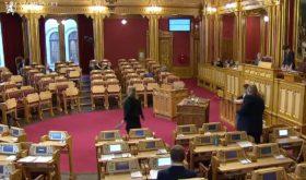 Parliament approves dual citizenship